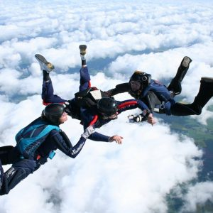 learn skydiving course