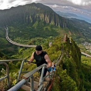 Haiku Stairs: The only off limit stairway to heaven which you can't resist to climb onto!