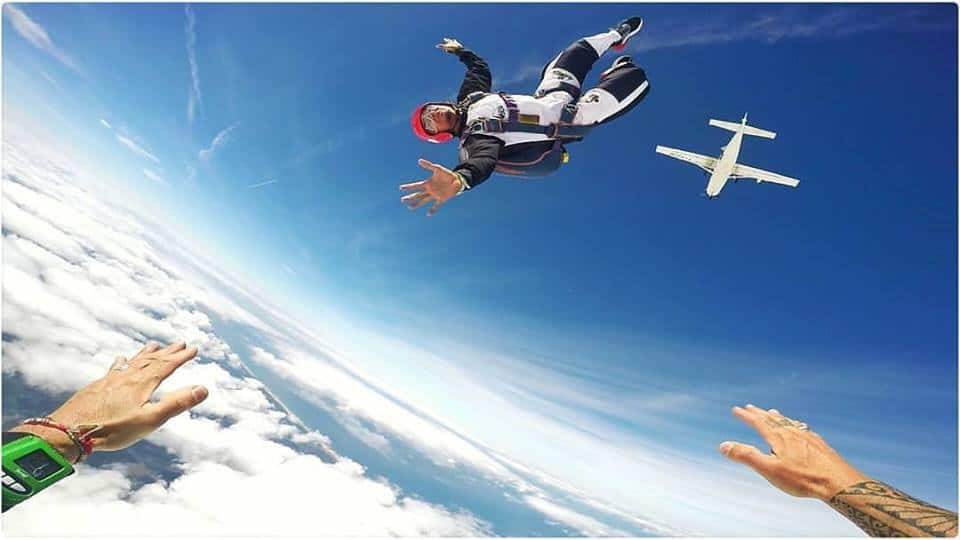 skydive course with gobeepbeep.com in france
