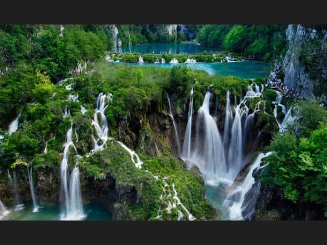 waterfalls plitivice lakes croatia