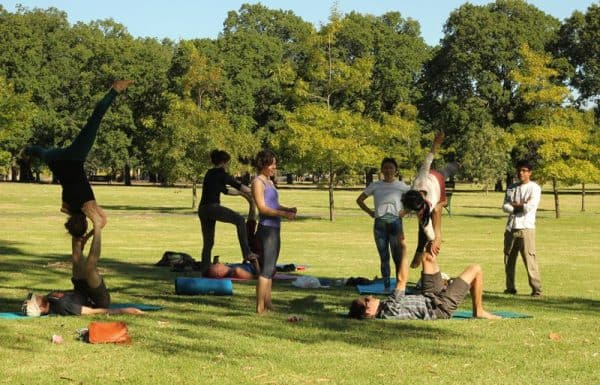 Acroyoga jam in the park