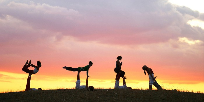 learn acroyoga for beginners in india